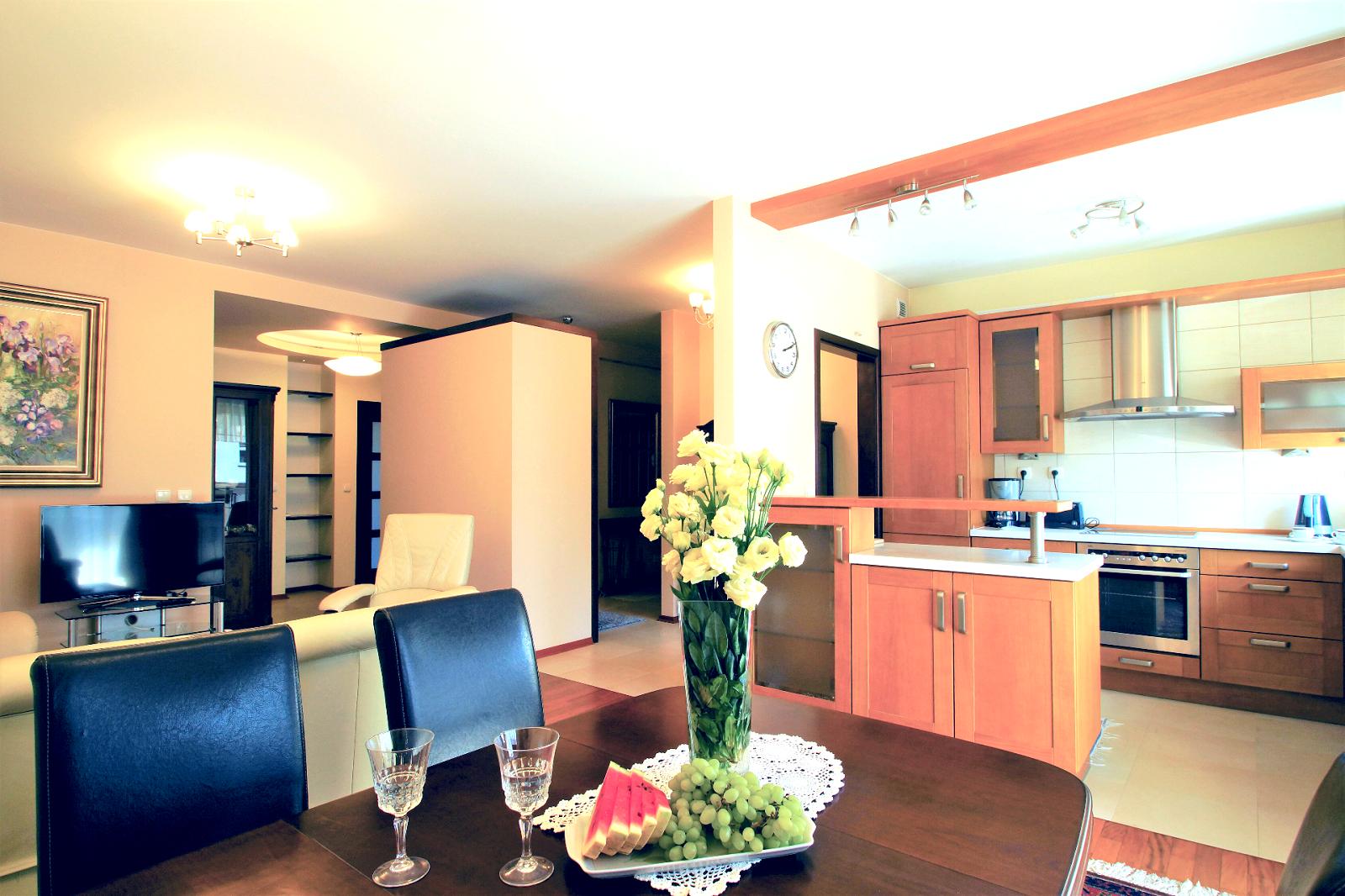 Elegant apartment near Szczesliwicki Park on Ochota, Warsaw, Poland